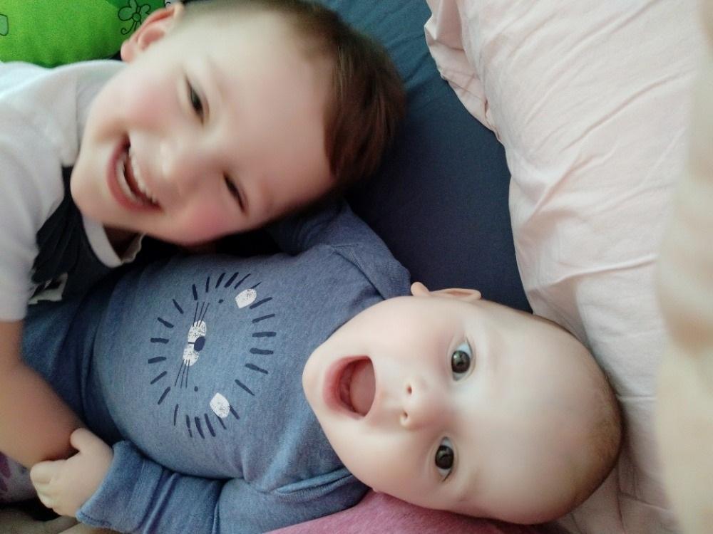 Dvě partnerky vychovávají dvě děti